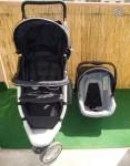 Vendo Carrinho + Cadeira Auto para Bebé